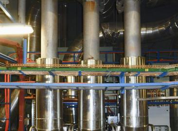 Steam generator safety valves with optimized flow space shape at the Dukovany NPP