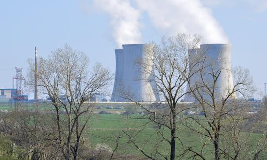 Replacement of rectifiers and inverters at the Dukovany NPP