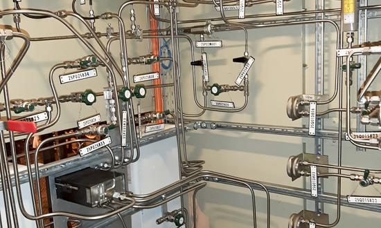 Upgrading hydrogen unit panel at the Temelín NPP